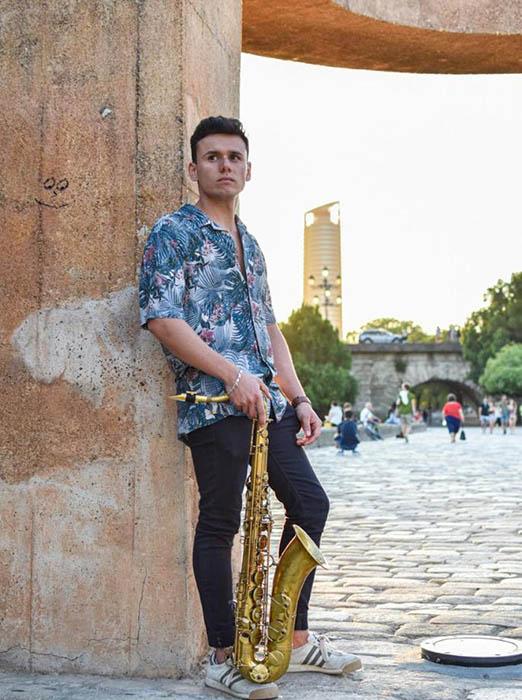 Juan Manuel Profesor Saxofón